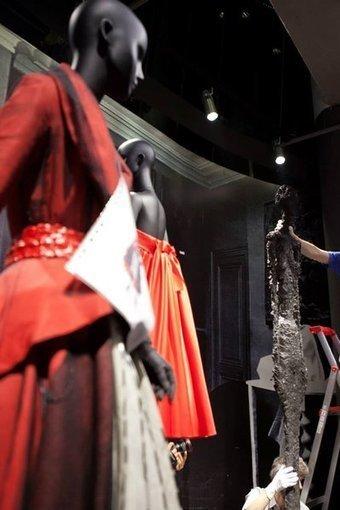 Dior explores brand history, culture through Shanghai art exhibit - Luxury Daily - Events/Causes | fashion retail visual merchandising | Scoop.it