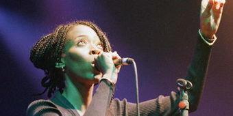 La chanteuse Teri Moise se serait suicidée | Nov@ | Scoop.it