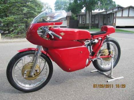 Motorcyclephotooftheday.com   A Sweet modified 1965 Ducati Sebring RoadRacer   Ductalk Ducati News   Scoop.it