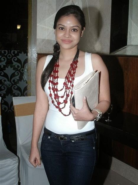 TV Actress Sumona Chakravarti | Sumana Hot Sexy Pics Video | World Latest Trends | Entertainment2222 | Scoop.it