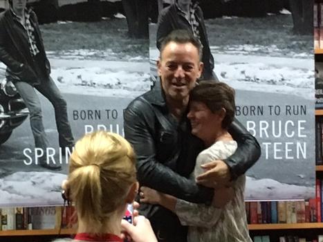 Hundreds turn out to meet Bruce Springsteen in Cincinnati | Bruce Springsteen | Scoop.it