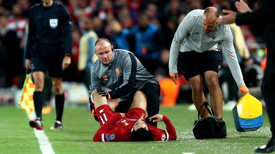 Mohamed Salah exits #Liverpool game with suspe
