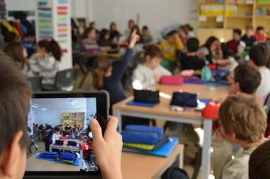 Así les va a los colegios e institutos que están acabando con el libro de texto | Educación en Castilla-La Mancha | Scoop.it