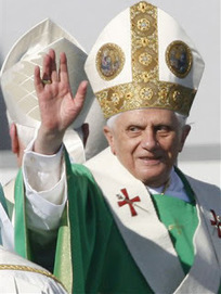 Dear Pope Benedict XVI: friendly constructive hints on tweeting | The Amused Catholic: an Ezine | Scoop.it