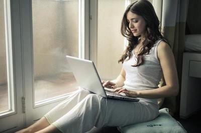 Espaces de travail partagés, nomades digitaux, entreprises sans bureaux … les besoins changent, les carrières aussi