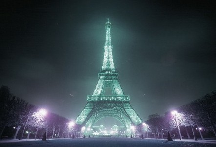 Eiffel Tower Wallpaper | Long HD Wallpapers for PC Background | Excellent Pent Coat For Men 2012 | Scoop.it