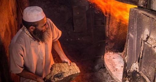 Au Maroc, des hammams innovants combinent énergie solaire et réduction des émissions de CO2