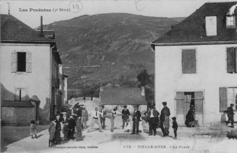 Jadis en vallée d'Aure, la place de Vielle-Aure | Revue de Web par ClC | Scoop.it