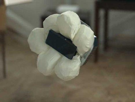 Un airbag pour protéger votre smartphone, Honda l'a fait ! | Geeks | Scoop.it