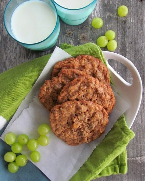 Oat and Walnut Chocolate Chip Cookies | Home Is Where The ... | Cookie Baking | Scoop.it
