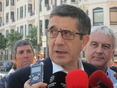 Patxi López acusa a Rajoy de chantaje y dice que no avalará a un PP rodeado de corrupción   Partido Popular, una visión crítica   Scoop.it