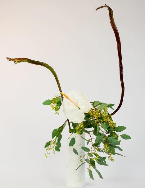 Winter Waterfall vase arrangement flower tutorial • Ikebana Beautiful | TRENDBUBBLES | Scoop.it