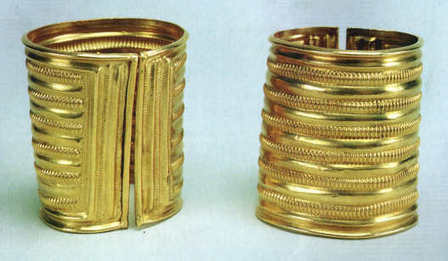 A Pair of Late Bronze Age Gold Bracelets from Co. Offaly | Irish Archaeology | Archaeology Updates | Scoop.it