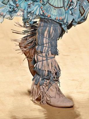 Fabulous Fringe! - Knee-high moccasins [NYT] | Cowgirl Cravings | Western Lifestyle | Scoop.it
