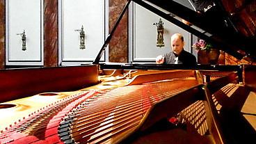 BBC Radio 3 -   Radio 3 Lunchtime Concert, Wigmore Hall: Louis Lortie | Listen to Concerts Online | Scoop.it