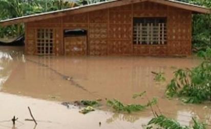 Heavy rains due to 'Pablo' trigger flash floods, landslides in gold-rich ComVal; 20 missing - InterAksyon.com | Climate Chaos News | Scoop.it