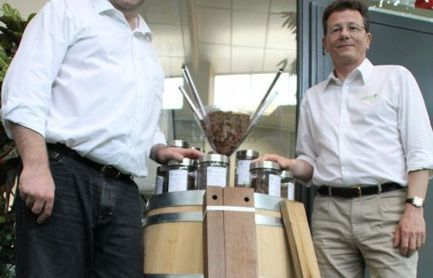 Deux amis mettent du bois dans leur vin - Charente Libre   Vin passion   Scoop.it