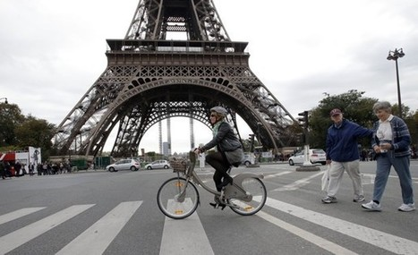 European cities promote cycling with everything from 'superhighways' to revolving bike racks | PROYECTO ESPACIOS | Scoop.it