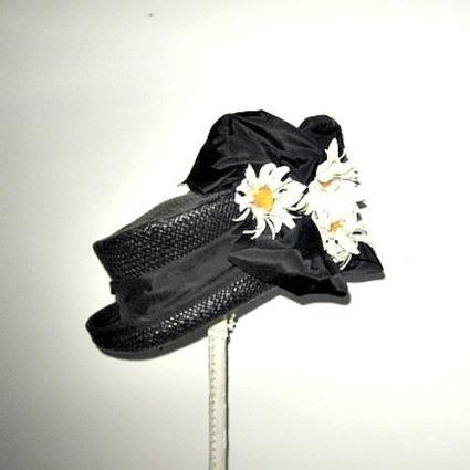 Black 1940s vintage tilt hat with a large bow and flowers - The Vintage Village | Vintage Passion | Scoop.it