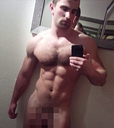Gay naked selfie has