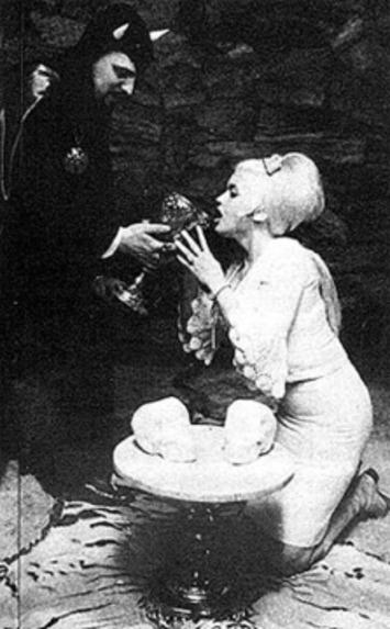 The Devil In Miss Mansfield | Sex History | Scoop.it