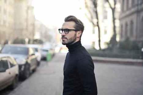0d9c861b442 Eyeglass  A Smart Choice For The Smarter Man