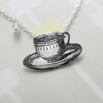 Bowerbird Bazaar: Handmade Jewellery by Simone Walsh | I don't do fashion, I am fashion | Scoop.it