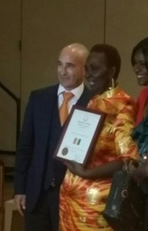 USA : Récompensé par la Guinée, le célèbre écrivain Alain ... - guinee7 | La Faim de l'Histoire | Scoop.it