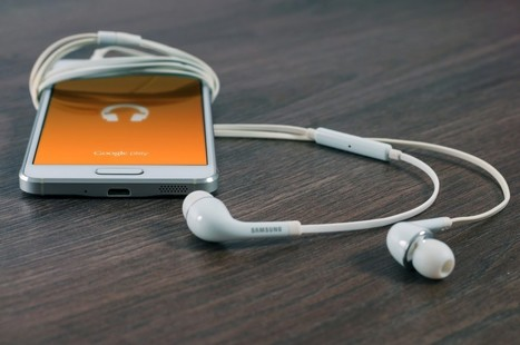 Learn on the Go: The Essential Educator's Guide to Podcasts | Muskegon Public Schools Tech News | Scoop.it