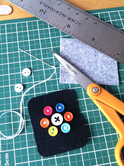 Adorable Felt Apple Watch Runs Forever, Doesn't Cost $10,000 | Technobabble | Scoop.it
