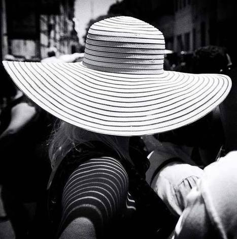 """""""A Woman Called Ana"""" - Street Photography From Argentina 