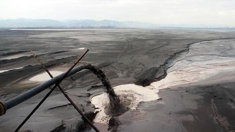 The dystopian lake filled by the world's tech lust | Greening the Media Ecosystem | Scoop.it
