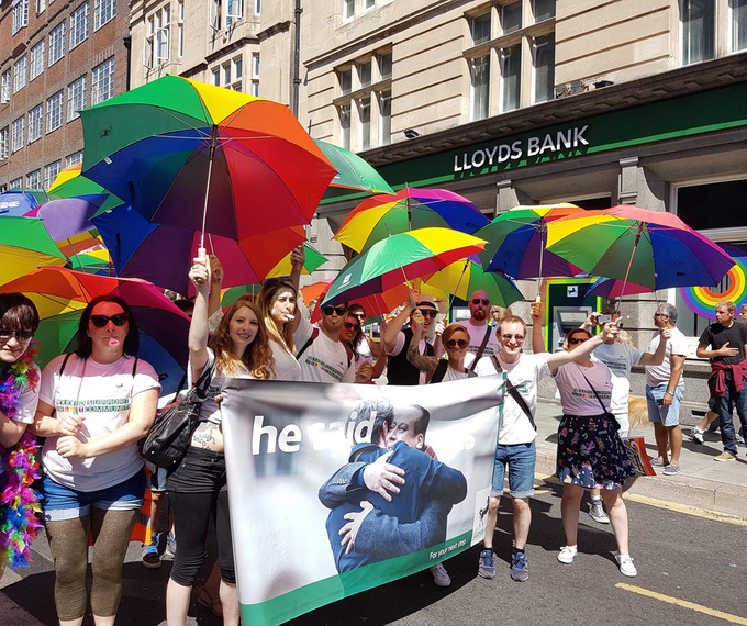 Lloyds urges advertisers to challenge image banks on diversity