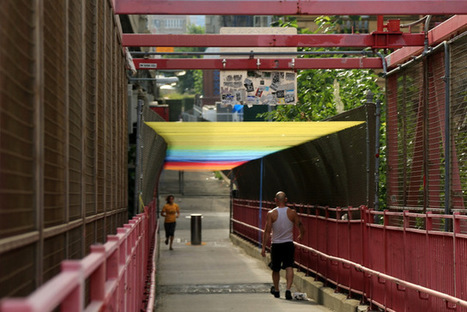 A Rainbow Over the Williamsburg Bridge | Art is where you see it | Scoop.it