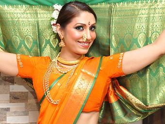 Pooja Misrra rocks the closing ceremony of Pune