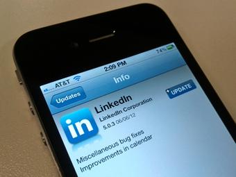 LinkedIn presenta la nuova app su YouTube - SocialMediaLife.it | Linkedin Marketing All News | Scoop.it