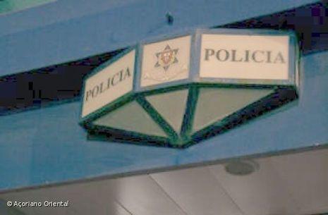 PSP detém 20 pessoas durante o fim de semana   Açores   Scoop.it