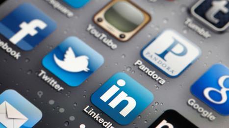 Social media, in Italia piacciono anche agli over 65 - Wired   Scoop Social Network   Scoop.it