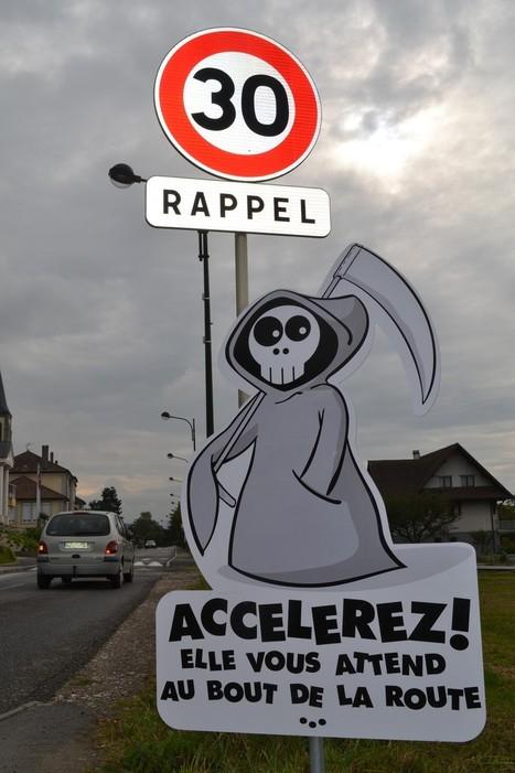 Ce petit village français a choisi l'humour pour inciter les automobilistes à respecter le code de la route   Socialart   Scoop.it