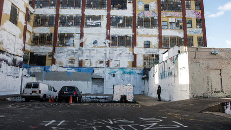 5Pointz, a Graffiti Mecca in Queens, Is Wiped Clean Overnight | Georgraphy World News | Scoop.it