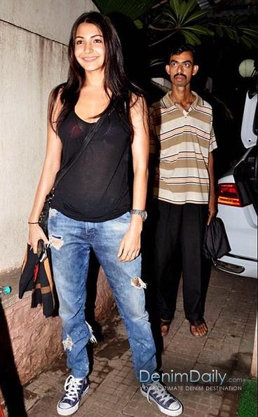 Anushka Sharma In Destroyed Jeans | Denim Daily | Denim Daily | Scoop.it