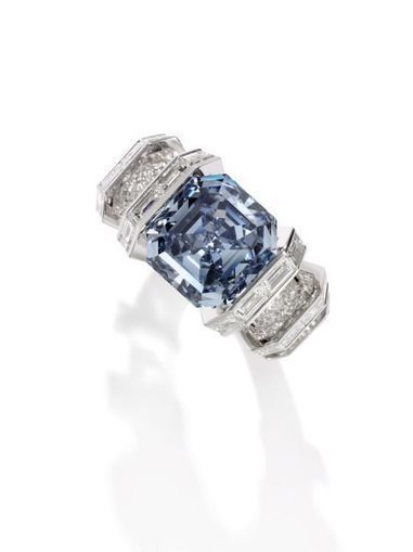 "17 millions de dollars pour le ""Sky Blue Diamond"" 