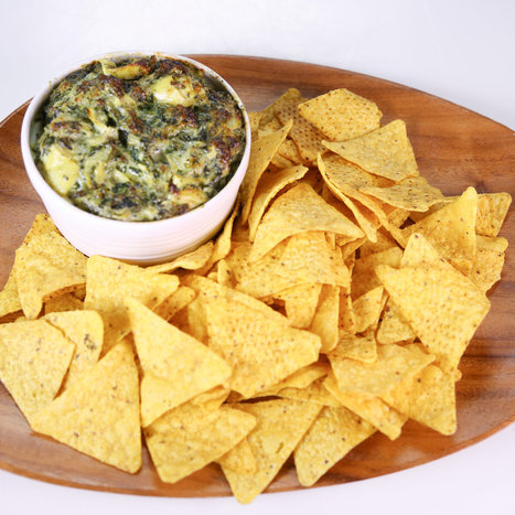 the chew | Recipe | Clinton Kelly's Spinach Artichoke Dip | Snacks | Scoop.it
