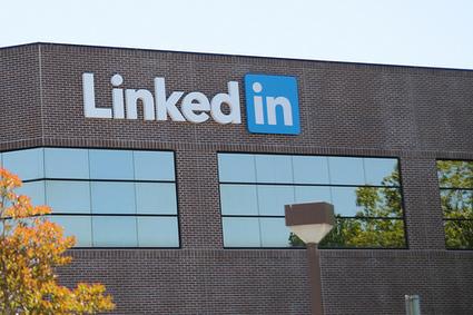 Faut-il choisir un compte LinkedIn payant pour votre entreprise ? -   Au fil du Web   Scoop.it