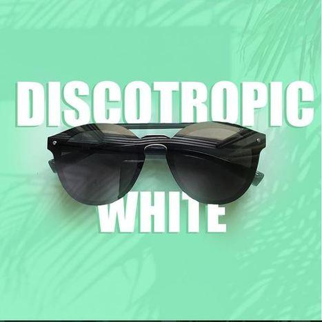 d30ec0b47d Full Vue-Mask Sunglasses for Men   Women