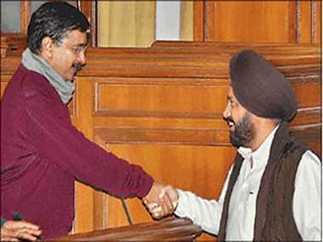 केजरीवाल बोल रहे थे और पूरा सदन सुन रहा था-News in Hindi | News in Hindi | Scoop.it