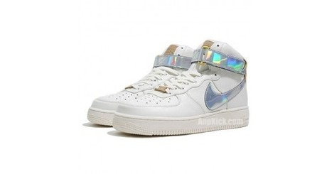 f9e80abd9646 White High Top Nike Air Forces 1 Nai Ke