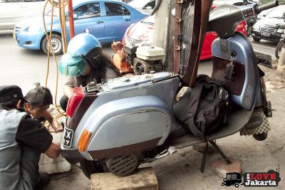 The Joy of Riding a Vespa! | Vespa Stories | Scoop.it