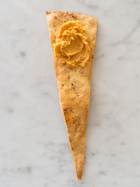 Savory Pumpkin Hummus recipe | Spoon Fork Bacon | À Catanada na Cozinha Magazine | Scoop.it