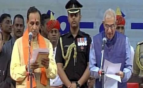 Vijay Rupani sworn in as Gujarat CM, Nitin Patel takes Deputy CM post   Entertainment News   Scoop.it